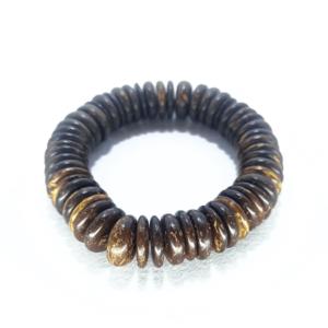 Bracciale elasticizzato in guscio di cocco, colore naturale – TAYA